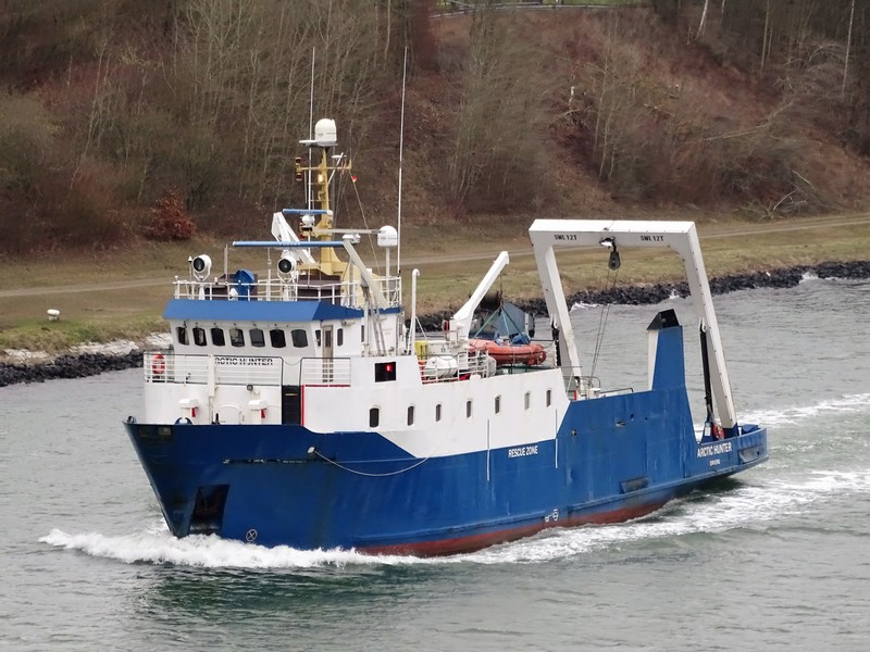 MV ARCTIC HUNTER